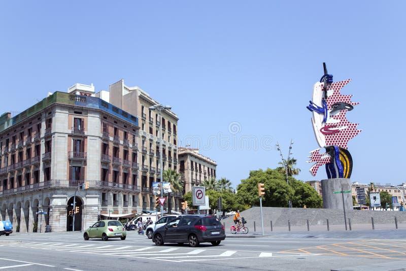 Barcelona huvudskulptur av Roy Lichtenstein arkivbilder