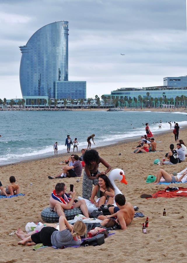 Barcelona la playa de Barceloneta imagen de archivo libre de regalías