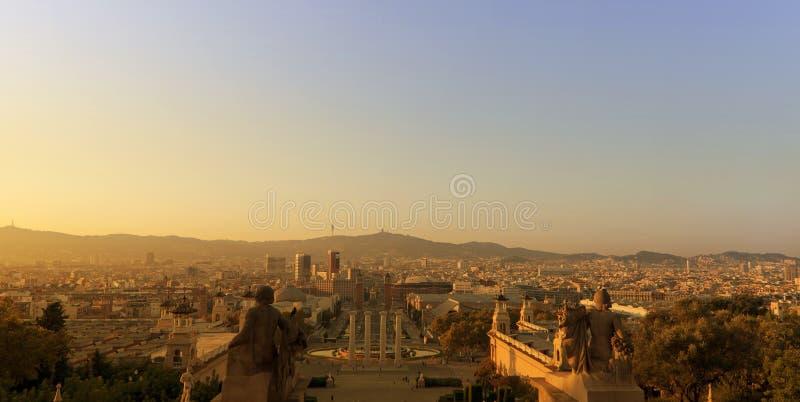 Barcelona no por do sol fotos de stock