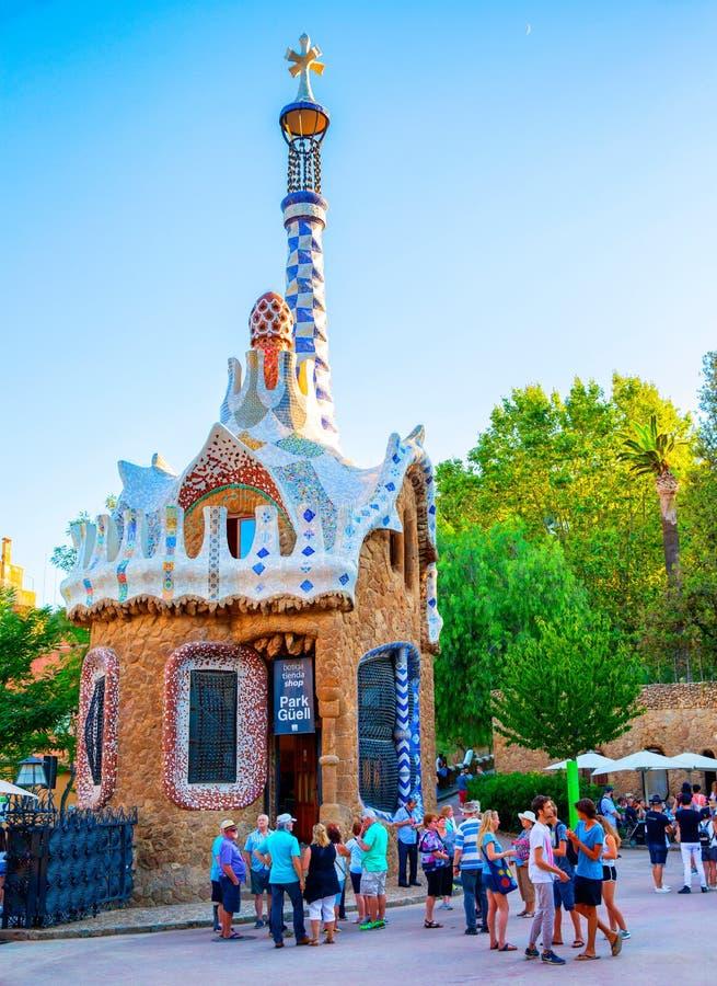 Barcelona-Park Guell Lebkuchen-Haus von Gaudi stockfoto