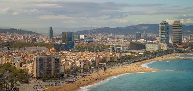 Barcelona plaża na ranku wschodzie słońca zdjęcia stock