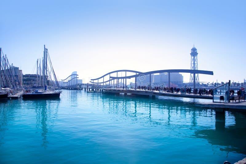 Barcelona portmarina med bron royaltyfria foton