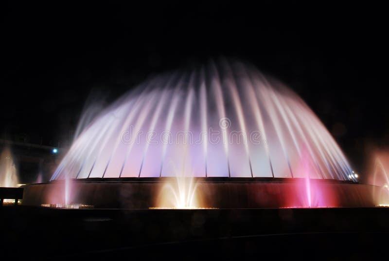 barcelona sławny fontanny przedstawienie zdjęcie stock