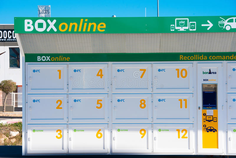 BARCELONA, SPAIN - FEBRUARY 21, 2017: Supermarket `BonArea` Boxes for shopping online. BARCELONA, SPAIN - FEBRUARY 21, 2017: Supermarket `BonArea` Boxes for royalty free stock photos