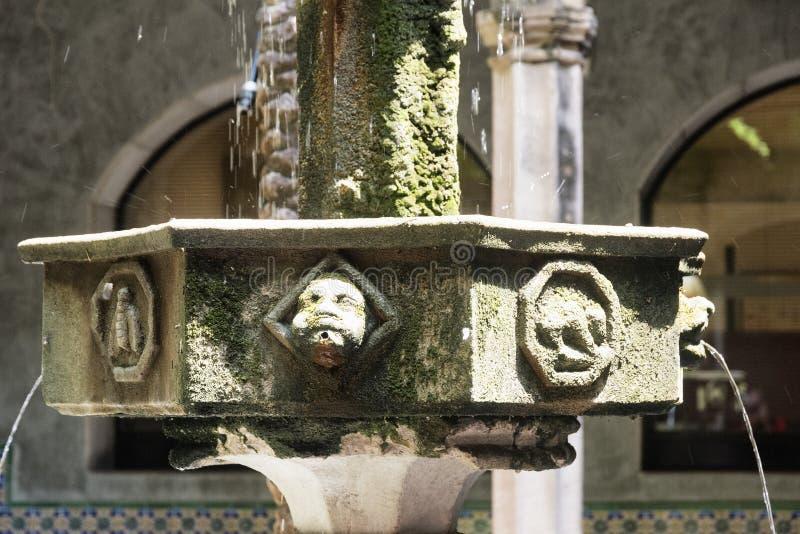 Barcelona & x28; Spain& x29;: gotisk domstol arkivfoton