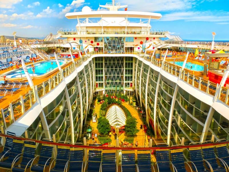 Barcelona, Spaine - 6. September 2015: Königliche Karibische Meere, Faszination der Meere lizenzfreie stockfotos