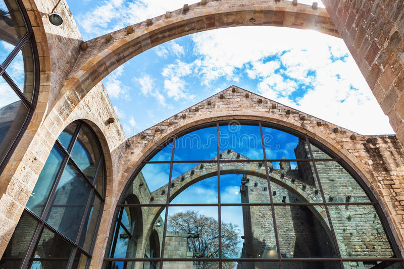 Barcelona Spanien - April 17, 2016: Maritimt havsmuseum royaltyfria bilder