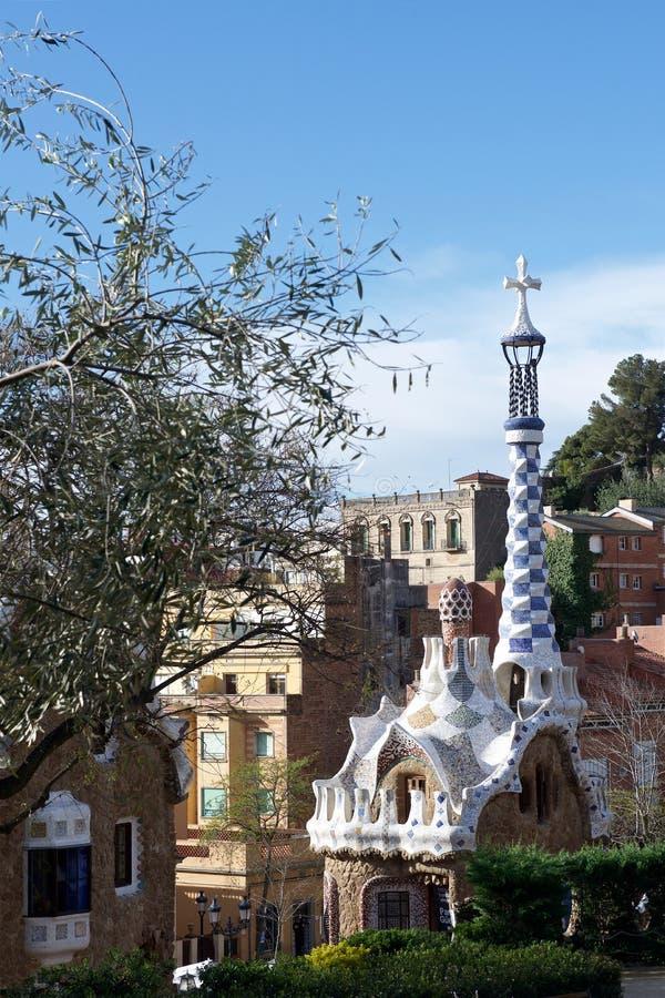 Barcelona Spanien parkerar Guel royaltyfri fotografi