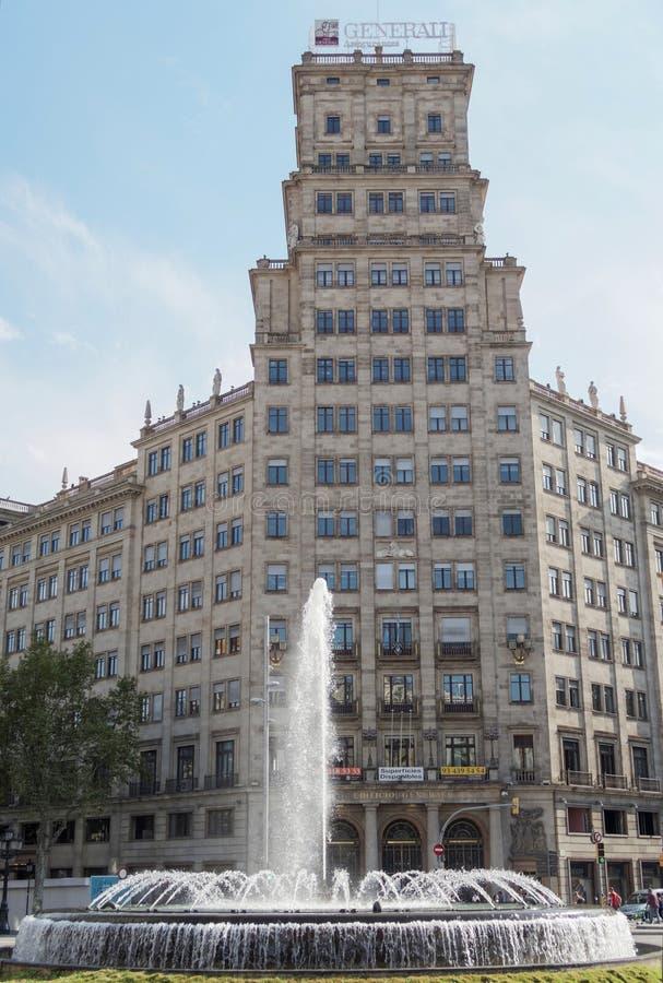 Barcelona Spanien - 25 September 2016: Gruppo Generali försäkringbyggande royaltyfri foto