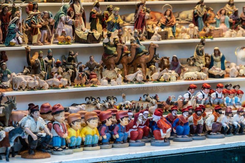 Barcelona, Spanje - December 2018: Caganer, een typisch Catalaans karakter in de geboorte van Christusscènes van Catalonië stock afbeelding