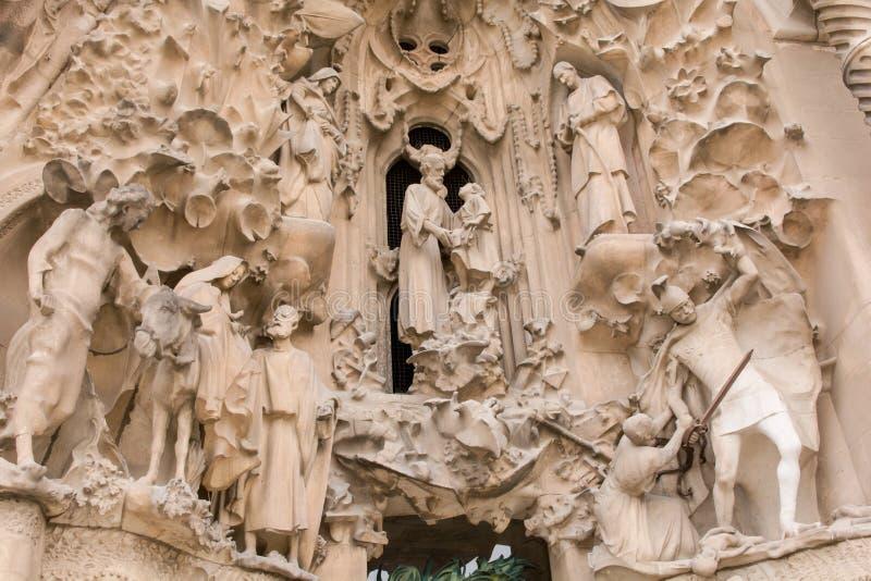 BARCELONA, SPANJE - MAART 19, 2018: langs ontworpen kathedraalstandbeeld royalty-vrije stock foto's