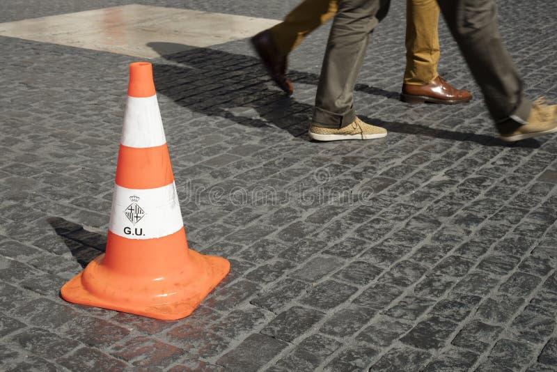 Barcelona, Spanje - September 29, 2016: Detail van verkeerskegel stock afbeelding