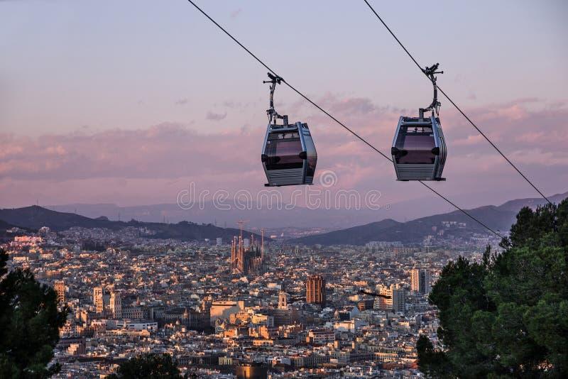 Barcelona-Stadtansicht, Spanien Drahtseilbahn, Teleferic de Montjuic stockbild