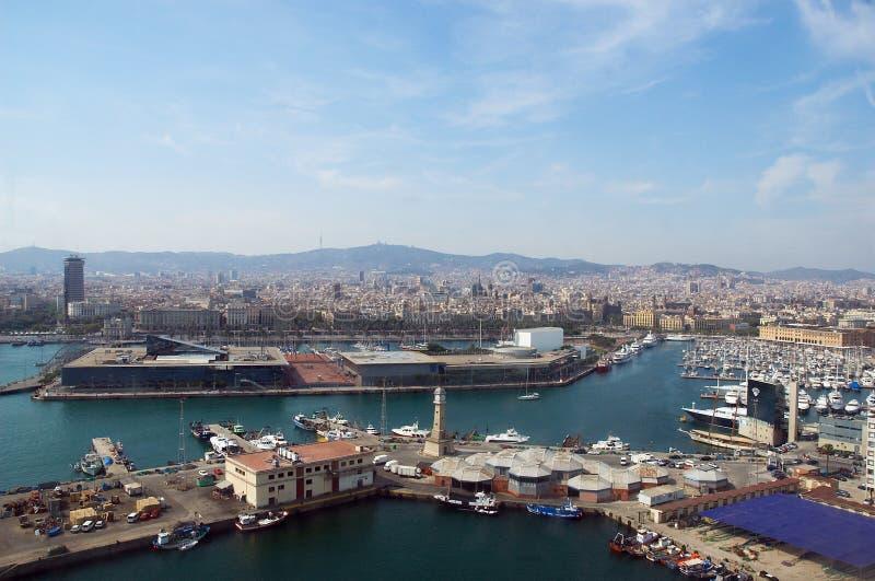 Barcelona, visión general desde el mar imagenes de archivo