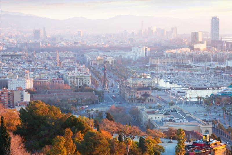 Barcelona in vroege ochtend royalty-vrije stock afbeelding