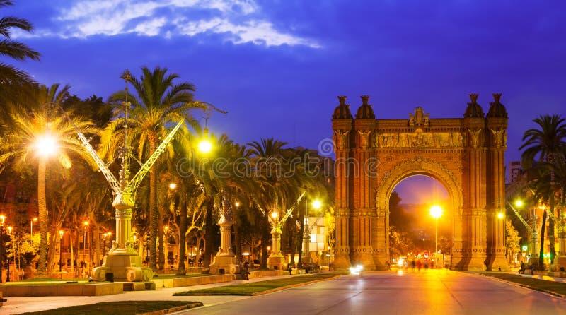 barcelona widok Łuk Del Triomf w nocy zdjęcie stock