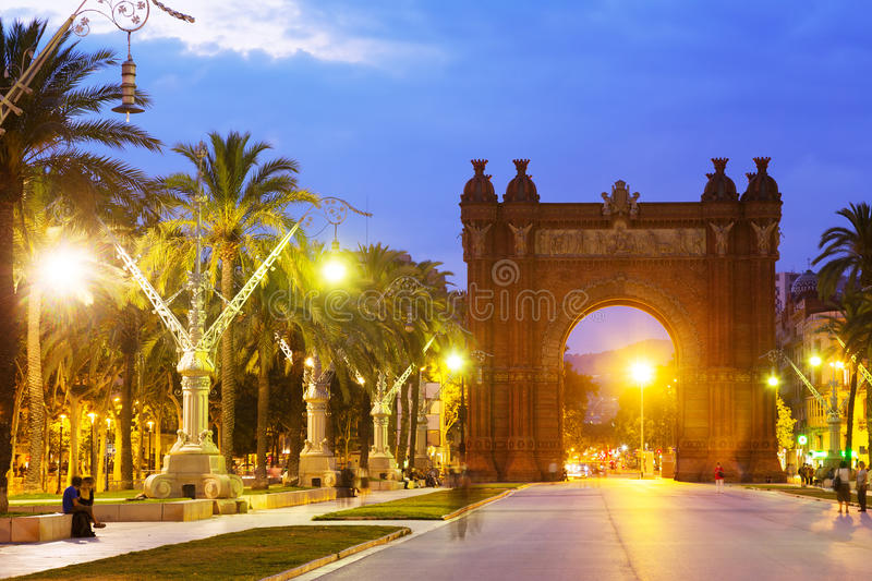 barcelona widok Łuk Del Triomf w wieczór zdjęcie royalty free