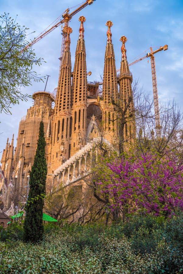Barcelone, Catalogne, Espagne : Basicila et église expiatoire de la famille sainte, connus sous le nom de Sagrada Familia photo libre de droits