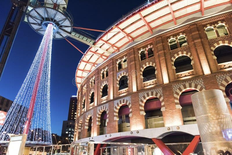 Barcelone Espagne, centre commercial extérieur, soirée photographie stock