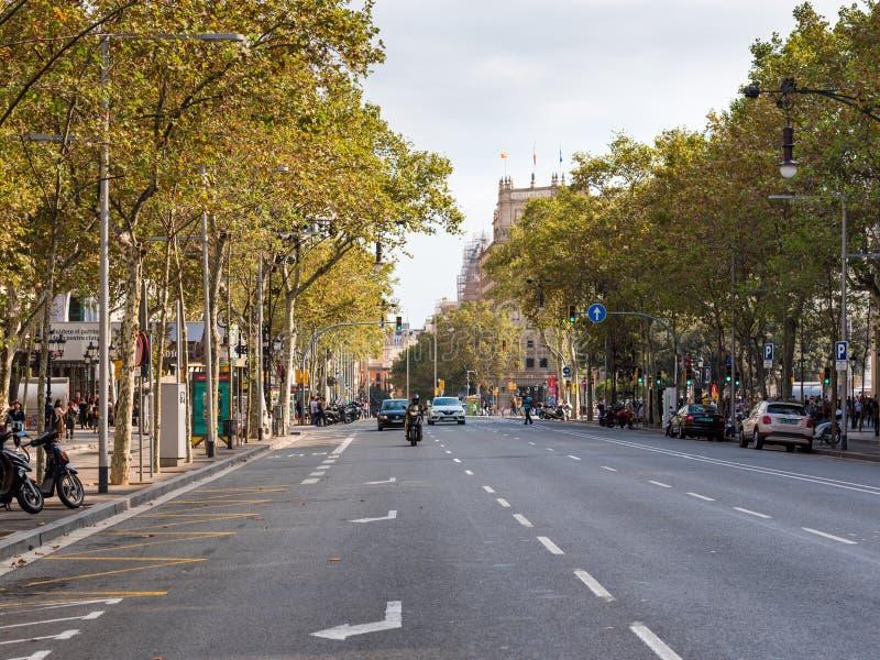 BARCELONE, ESPAGNE - 3 OCTOBRE 2017 : Vue de la rue de ville de Barcelone Copiez l'espace pour le texte photo libre de droits