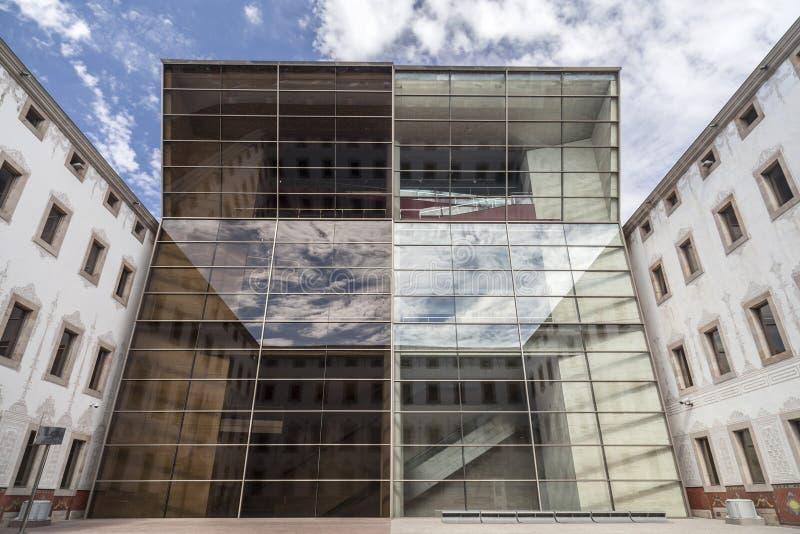 BARCELONE, SPAIN-MARCH 19,2013 : Architecture moderne et antique, C image libre de droits