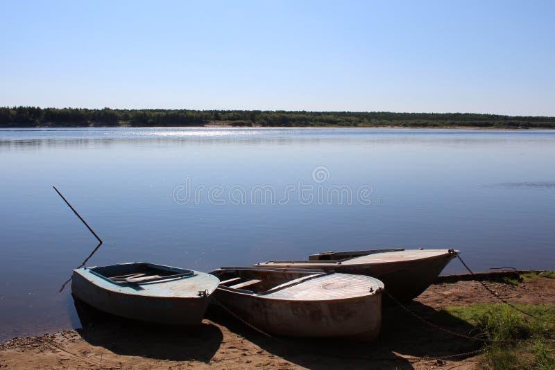 Barche dal fiume immagine stock