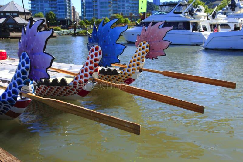 Barche del drago, porticciolo del centro, Portland Oregon. fotografia stock libera da diritti