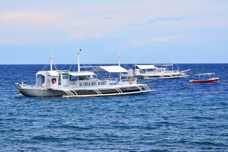 Barche della località di soggiorno della residenza privata VIP in Negros Orientale, Filippine fotografia stock