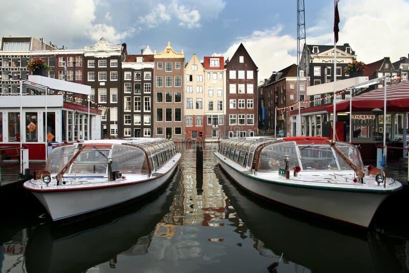 Barche di giro di Amsterdam fotografie stock libere da diritti