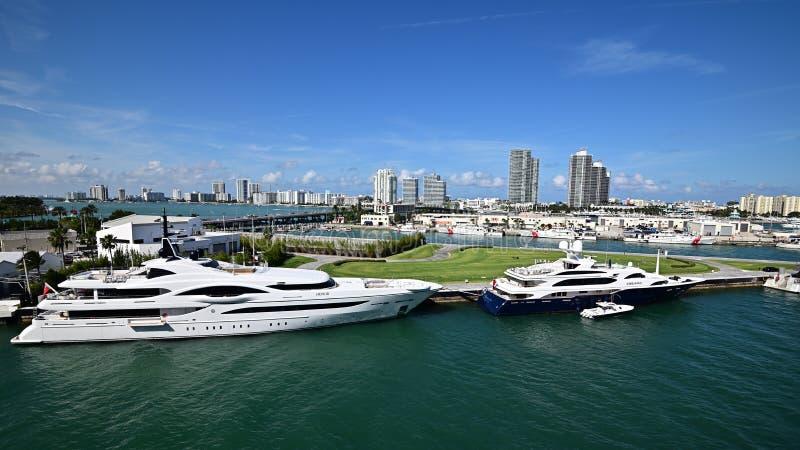 Barche di lusso di Miami fotografia stock libera da diritti