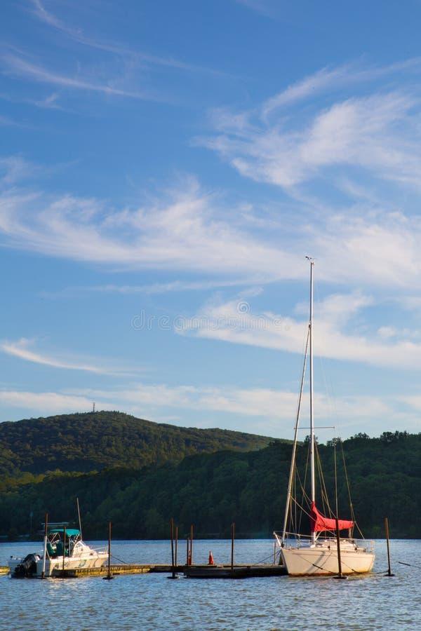 Barche Hudson River NY immagine stock