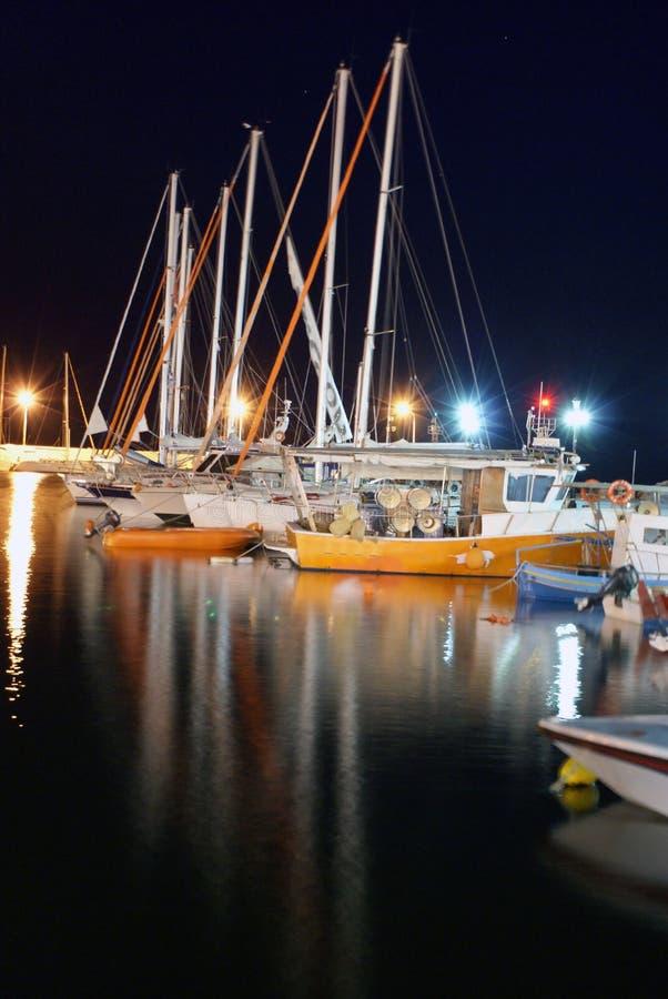 Barche nella notte fotografia stock