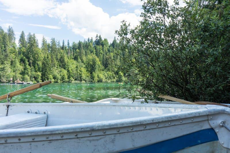 Barche sul lago di crestasee pronto per l'uso immagini stock libere da diritti