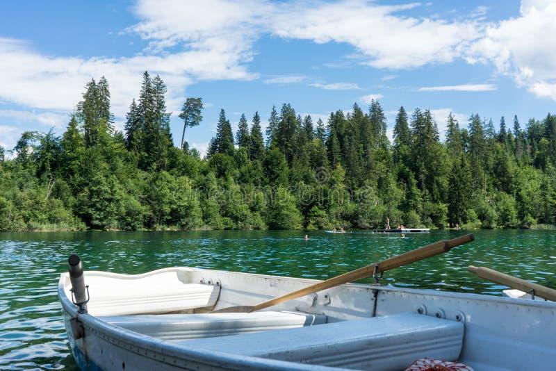Barche sul lago di crestasee pronto per l'uso immagine stock libera da diritti