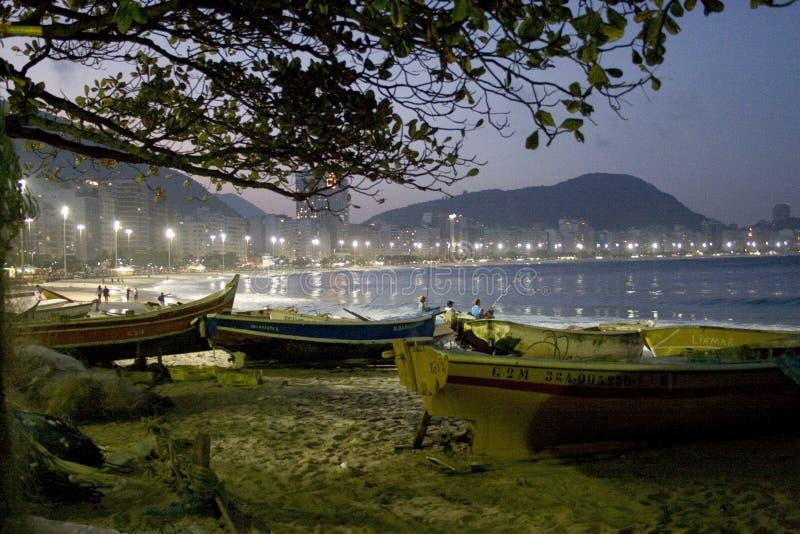 Barche sulla spiaggia Rio de Janeiro fotografia stock