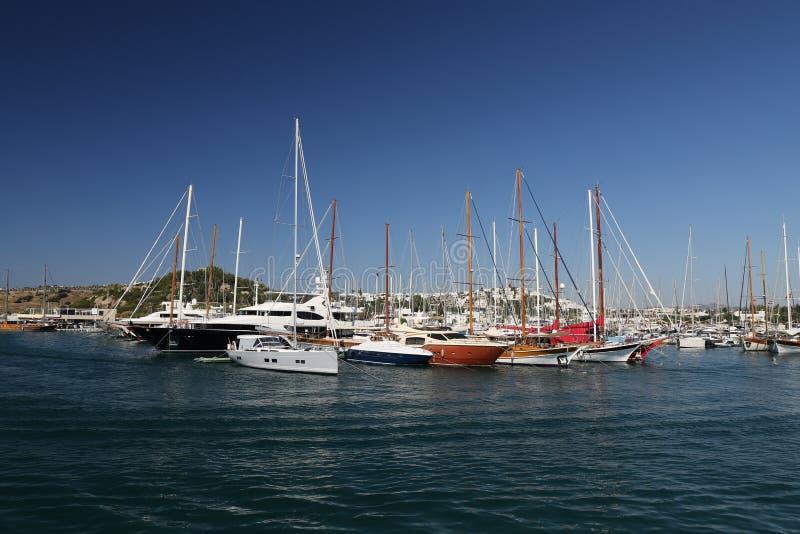 Barche a vela nel porticciolo di Bodrum fotografia stock