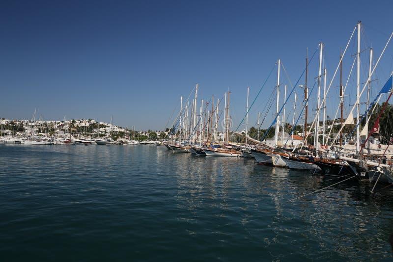 Barche a vela nel porticciolo di Bodrum immagini stock