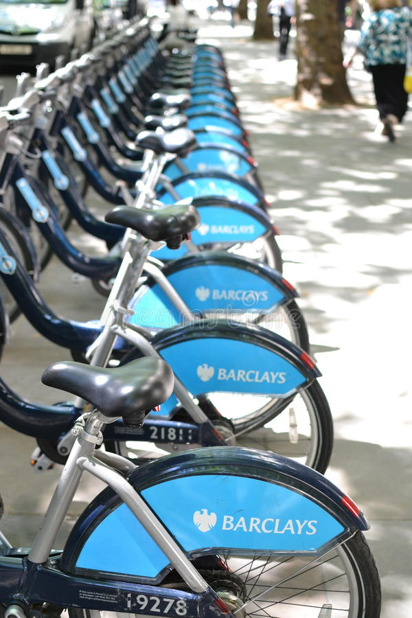 Barclays-Fahrräder, London stockbilder