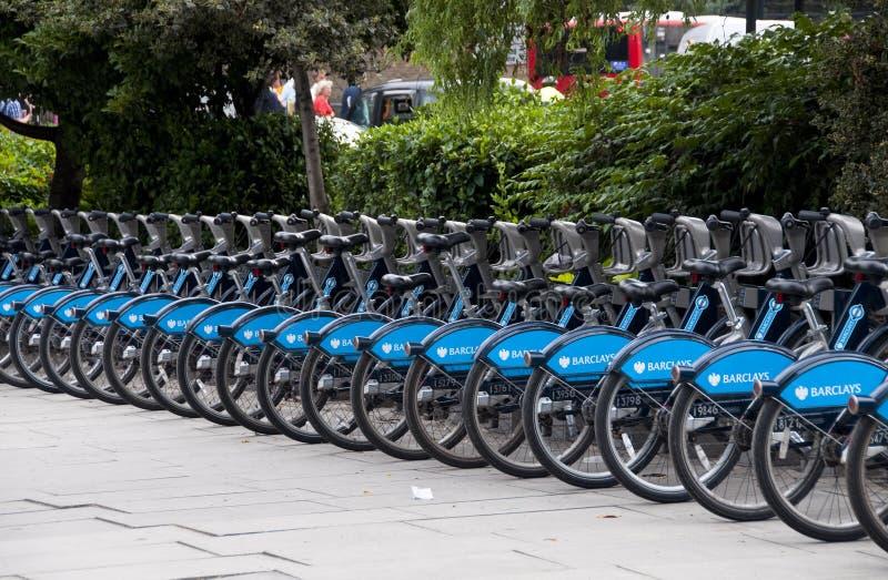 Barclays-Fahrräder in London, Großbritannien lizenzfreies stockfoto
