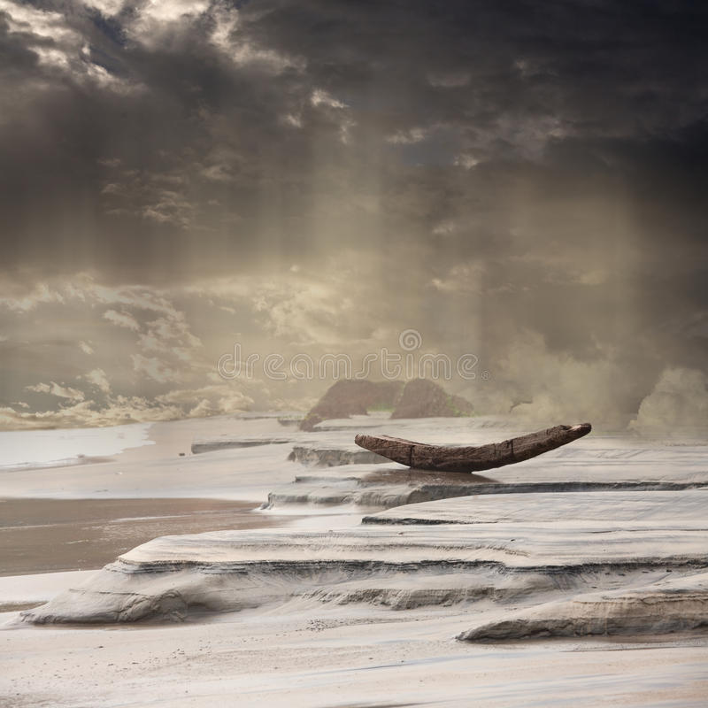 Barco abandonado na chuva da monção ilustração do vetor