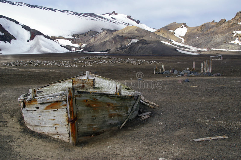Barco Ant3artida de la pesca de ballenas fotografía de archivo