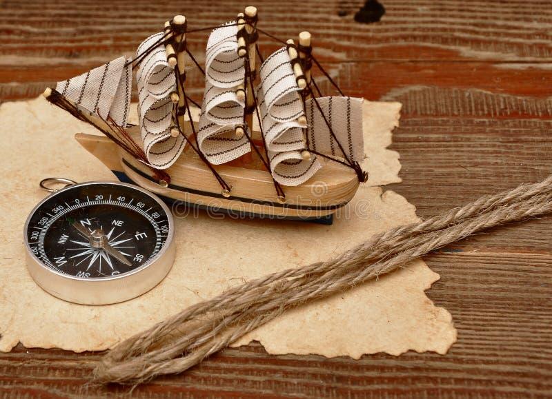 Barco clássico velho do papel, do corda e o modelo fotos de stock royalty free