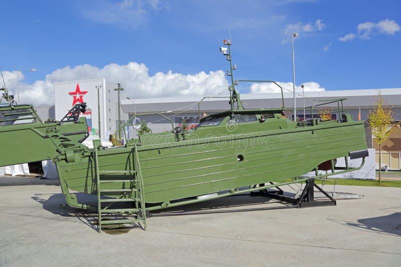 barco da Ponte-ereção imagens de stock