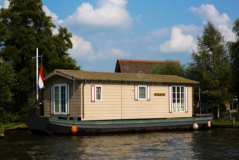 Barco de casa holandês fotos de stock royalty free