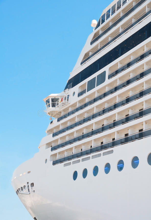 Barco de cruceros. imagen de archivo