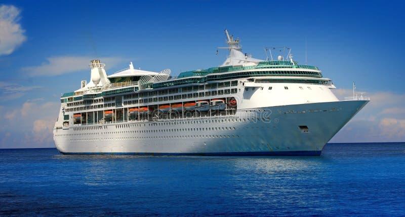 Barco de cruceros fotos de archivo
