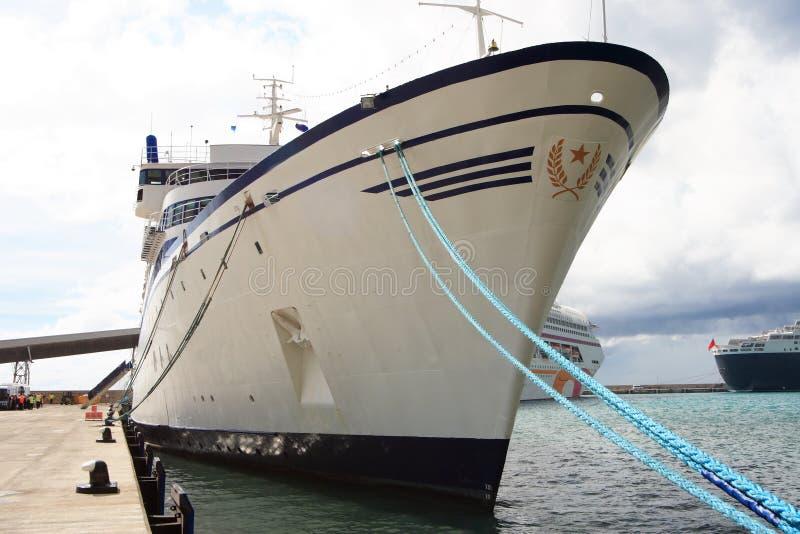 Barco de cruceros del Caribe imagen de archivo