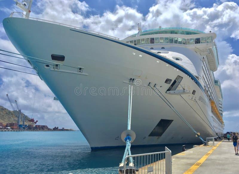 Barco de cruceros del Caribe real imagen de archivo libre de regalías