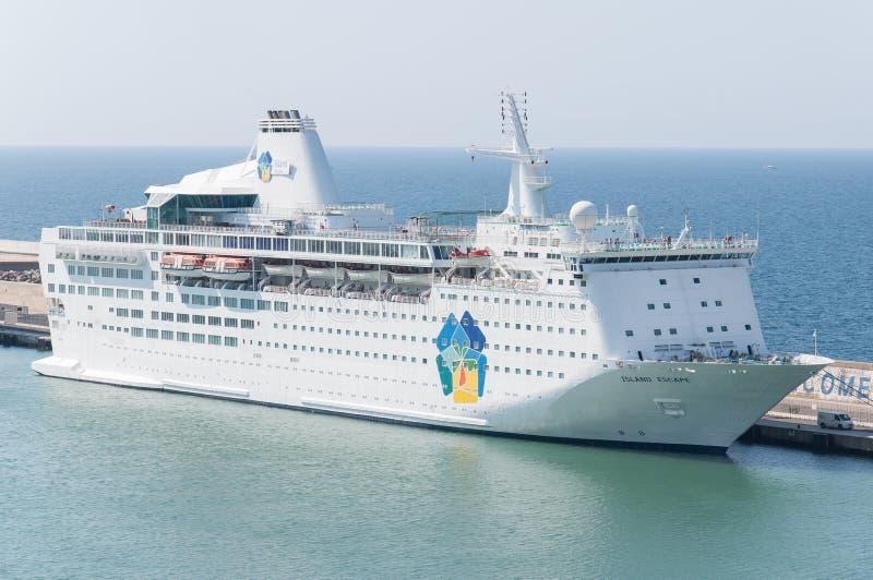 Barco de cruceros del escape de la isla fotografía de archivo