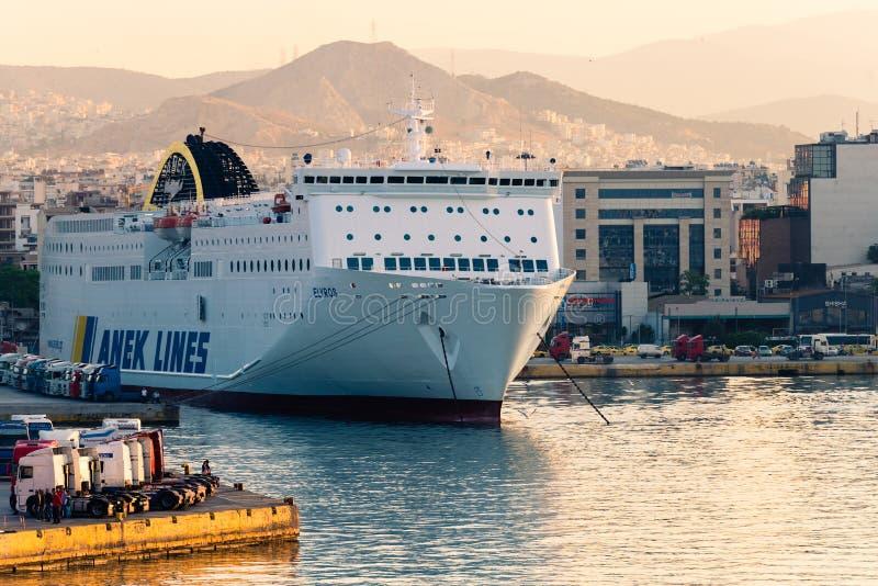 Barco de cruceros griego imagen de archivo